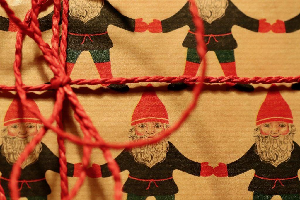 Cuerdas y cordones para envolver regalos.