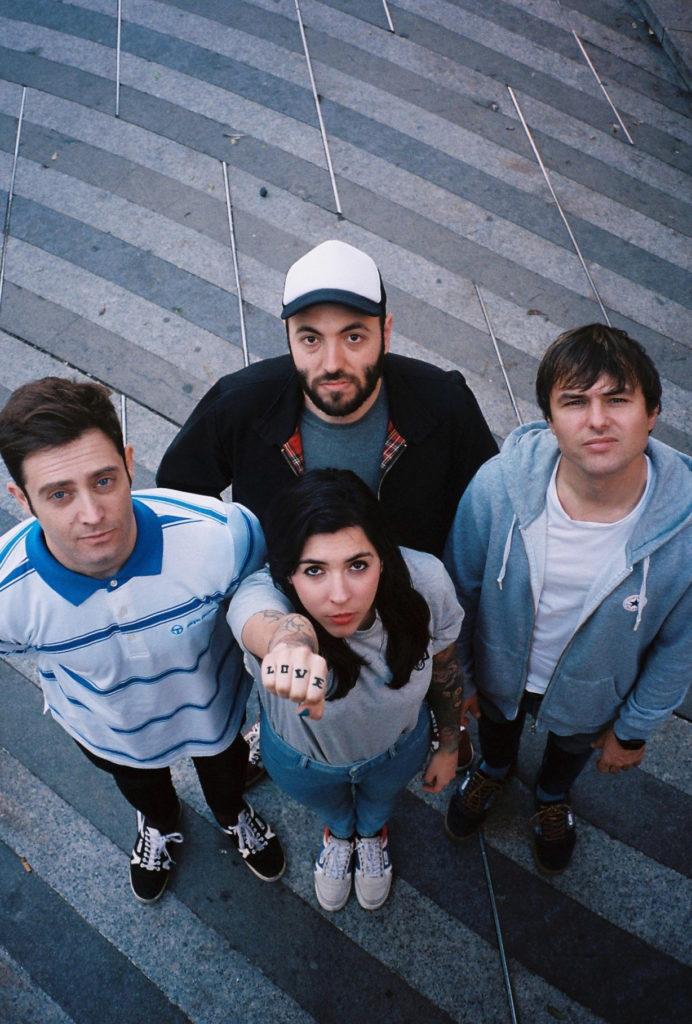 Miembros de la banda La la love you