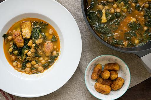 Plato de potaje, comida típica de Semana Santa