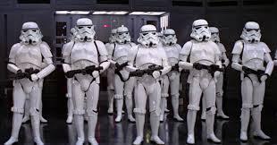 Soldados imperiales formando